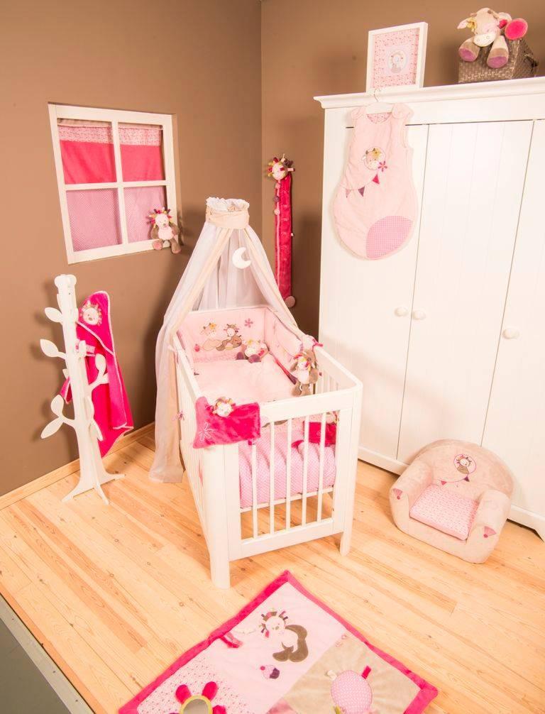 nattou tour de lit manon et aliz e doudouplanet. Black Bedroom Furniture Sets. Home Design Ideas