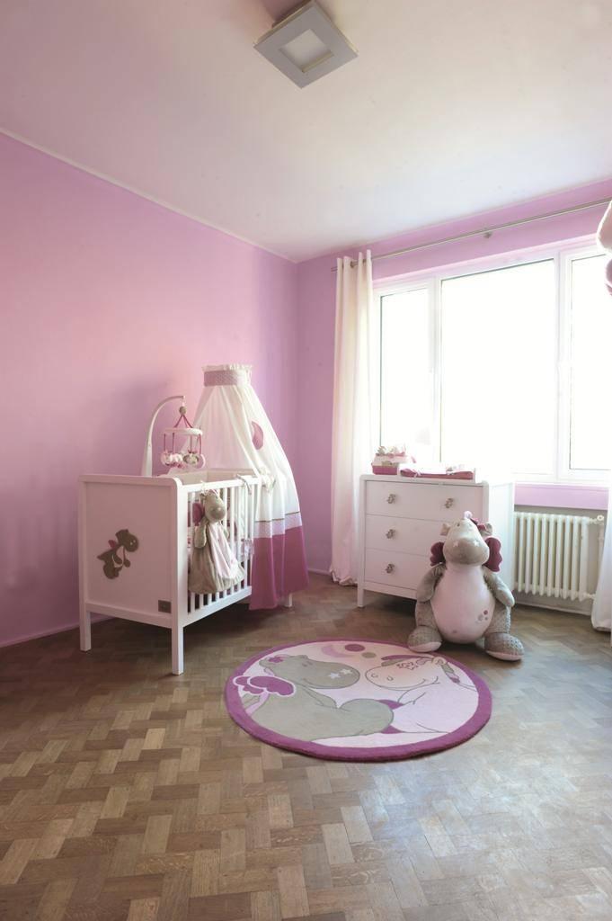 noukies mobile musical victoria et lucie. Black Bedroom Furniture Sets. Home Design Ideas