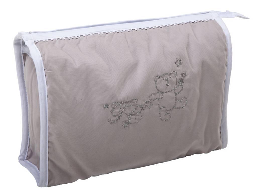 tartine et chocolat trousse de toilette f rie d 39 ours. Black Bedroom Furniture Sets. Home Design Ideas
