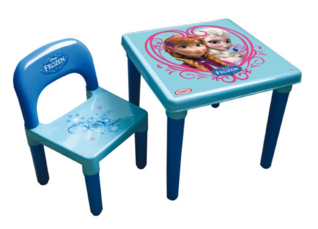 d 39 arp je table d 39 activit s avec set art craft la reine des neiges. Black Bedroom Furniture Sets. Home Design Ideas