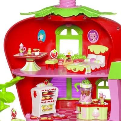Hasbro le fraisi caf de charlotte aux fraises for Maison de charlotte aux fraises