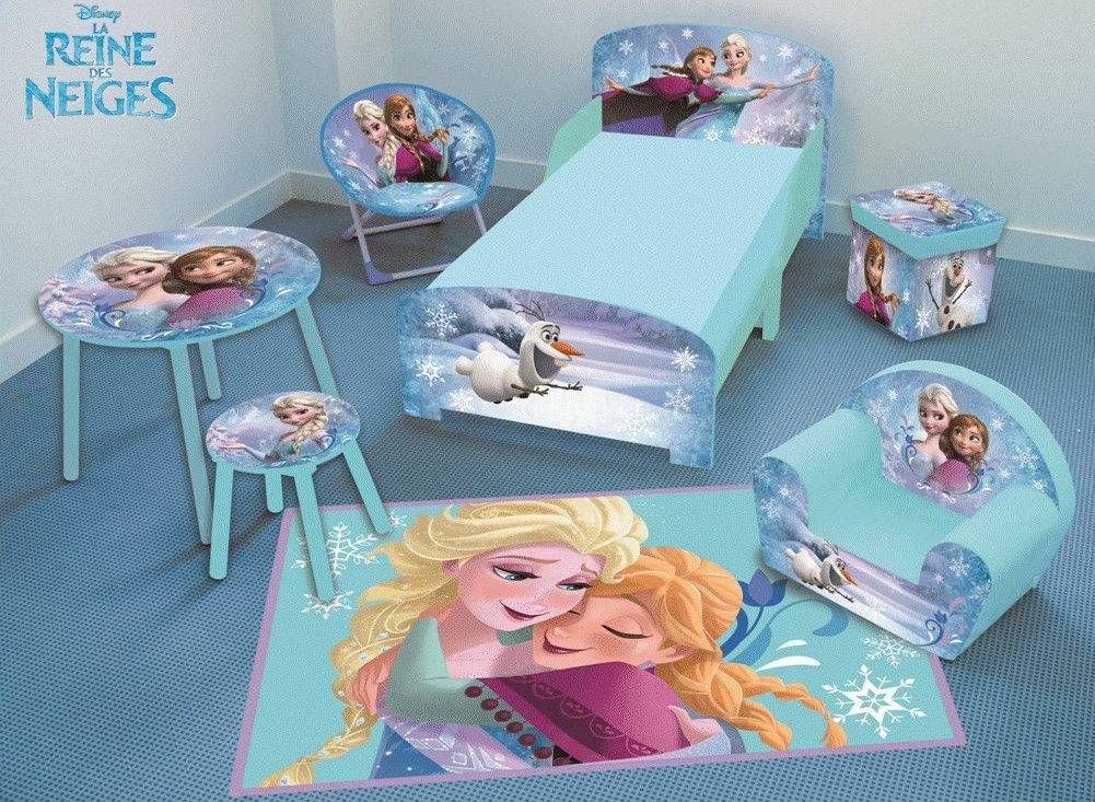 fun house tapis reine des neiges 80x120 cm. Black Bedroom Furniture Sets. Home Design Ideas