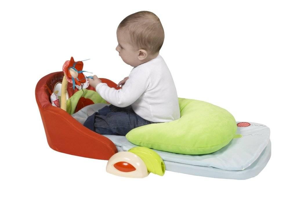 vulli tapis evolu 39 two sophie la girafe doudouplanet. Black Bedroom Furniture Sets. Home Design Ideas