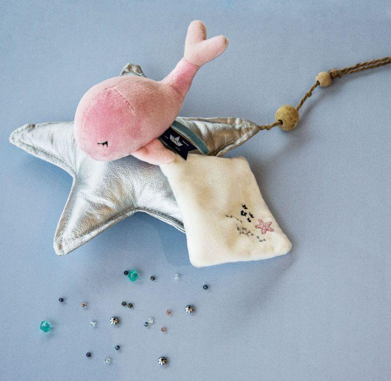 Peluche Baleine Rose et Doudou Sous l'Océan