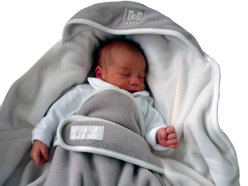 red castle couverture babynomade polaire sable ivoire taille 2. Black Bedroom Furniture Sets. Home Design Ideas