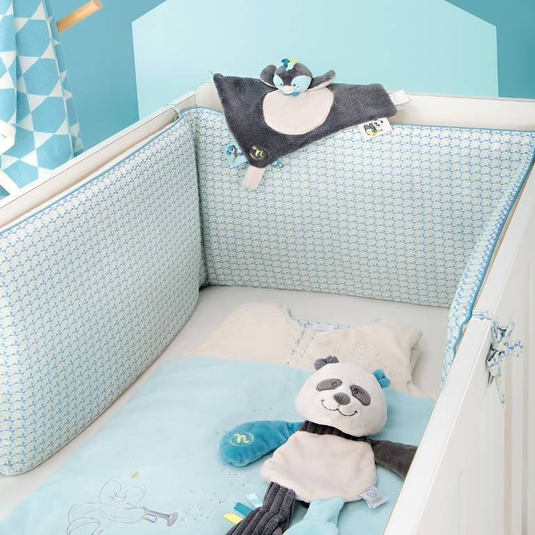 noukies doudou platso panda scott doudouplanet. Black Bedroom Furniture Sets. Home Design Ideas