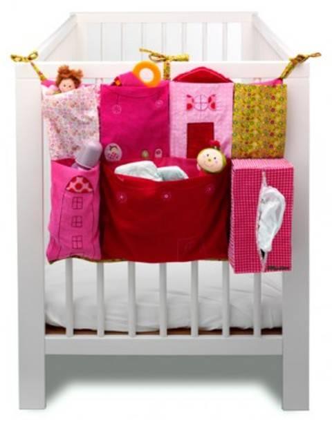 lilliputiens poche de lit liz doudouplanet. Black Bedroom Furniture Sets. Home Design Ideas