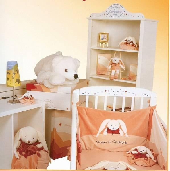doudou et compagnie tour de lit lapin etoile. Black Bedroom Furniture Sets. Home Design Ideas